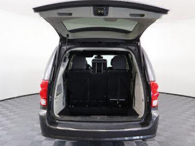 2018 Dodge Grand Caravan Wheelchair Van For Sale -- Thumb #5