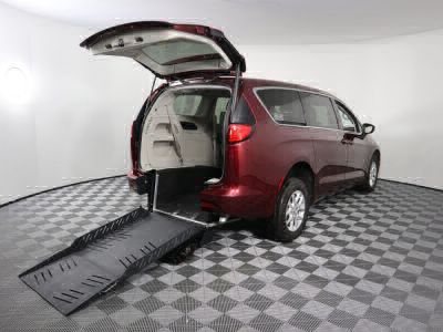 Commercial Wheelchair Vans for Sale - 2017 Chrysler Pacifica Touring ADA Compliant Vehicle VIN: 2C4RC1DGXHR585490