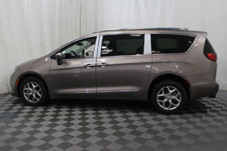 2017 Chrysler Pacifica Touring-L Plus Wheelchair Van For Sale #31
