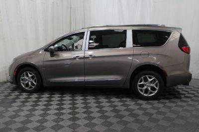 2017 Chrysler Pacifica Wheelchair Van For Sale -- Thumb #31