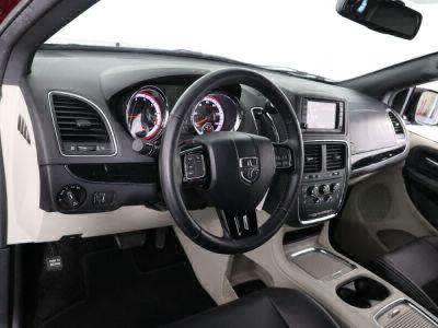 2018 Dodge Grand Caravan Wheelchair Van For Sale -- Thumb #11