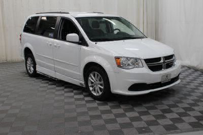 2015 Dodge Grand Caravan Wheelchair Van For Sale -- Thumb #3