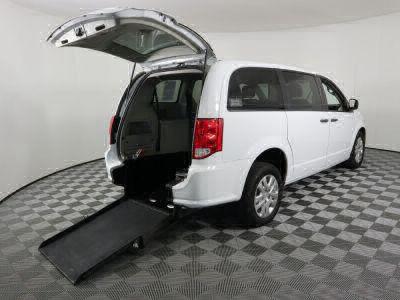 Used Wheelchair Van for Sale - 2019 Dodge Grand Caravan SE Wheelchair Accessible Van VIN: 2C4RDGBG5KR742126