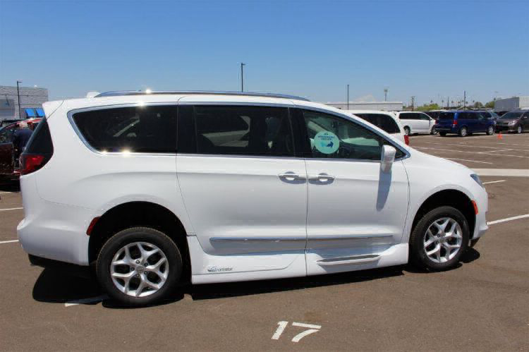 2018 Chrysler Pacifica Touring L Wheelchair Van For Sale #30