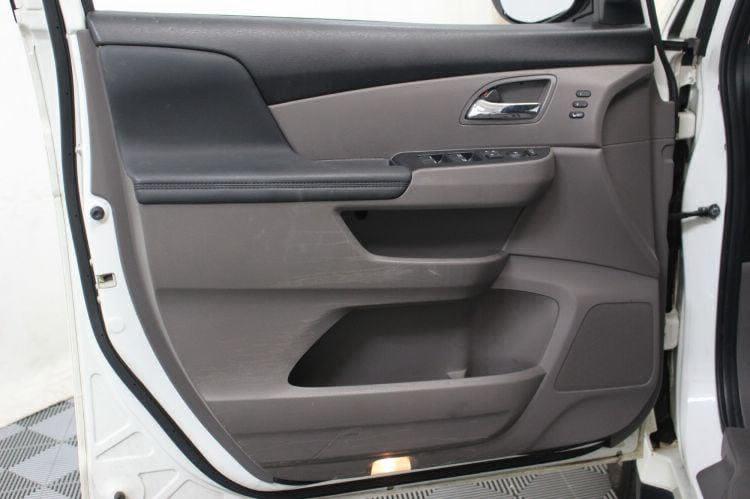 2014 Honda Odyssey Touring Elite Wheelchair Van For Sale #17
