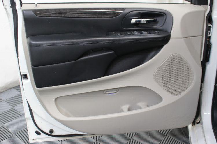 2012 Dodge Grand Caravan SXT Wheelchair Van For Sale #18