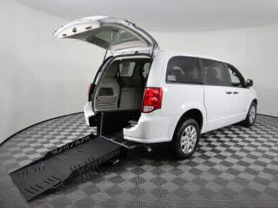 Commercial Wheelchair Vans for Sale - 2019 Dodge Grand Caravan SE ADA Compliant Vehicle VIN: 2C4RDGBG3KR790241