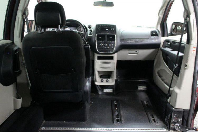 2014 Dodge Grand Caravan SXT Wheelchair Van For Sale #8