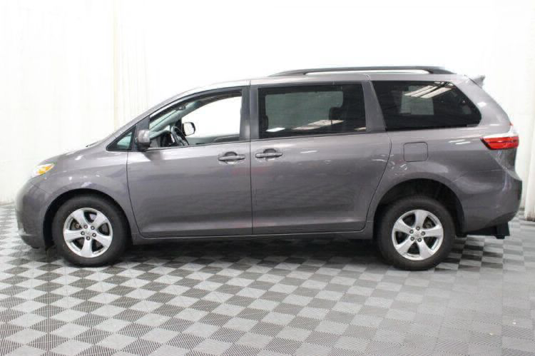 2017 Toyota Sienna LE Wheelchair Van For Sale #12