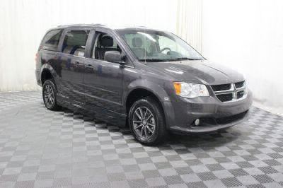 2017 Dodge Grand Caravan Wheelchair Van For Sale -- Thumb #15