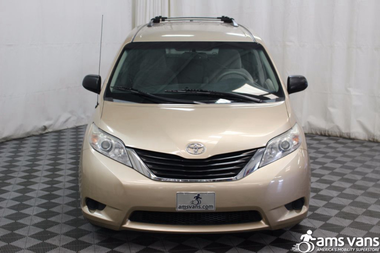 2011 Toyota Sienna LE Wheelchair Van For Sale #13