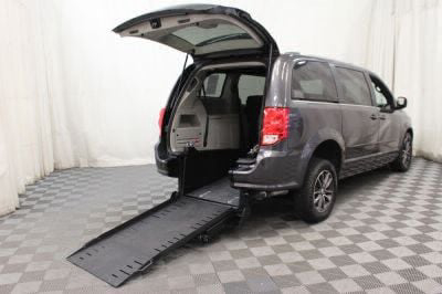 Commercial Wheelchair Vans for Sale - 2017 Dodge Grand Caravan SXT ADA Compliant Vehicle VIN: 2C4RDGCG5HR818709