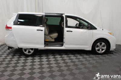 2013 Toyota Sienna Wheelchair Van For Sale -- Thumb #7