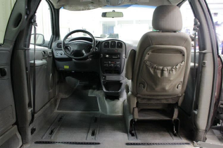 2004 Dodge Grand Caravan SE Wheelchair Van For Sale #12