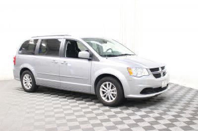 Commercial Wheelchair Vans for Sale - 2016 Dodge Grand Caravan SXT ADA Compliant Vehicle VIN: 2C4RDGCG2GR381086