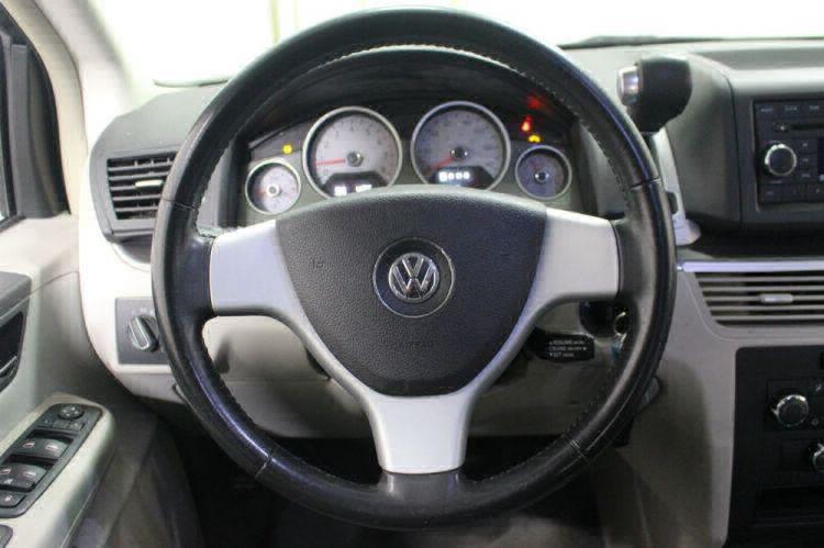 2009 Volkswagen Routan SE Wheelchair Van For Sale #16