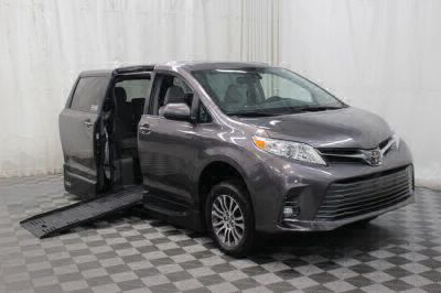 Handicap Van for Sale - 2019 Toyota Sienna XLE Wheelchair Accessible Van VIN: 5TDYZ3DC3KS980502