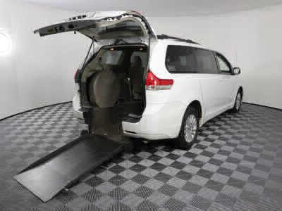 Commercial Wheelchair Vans for Sale - 2011 Toyota Sienna XLE ADA Compliant Vehicle VIN: 5TDYK3DC8BS133172