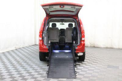 2014 Dodge Grand Caravan Wheelchair Van For Sale -- Thumb #2