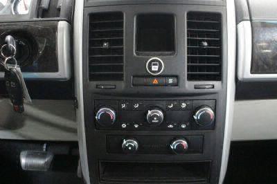 2010 Dodge Grand Caravan Wheelchair Van For Sale -- Thumb #13