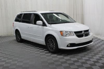 Commercial Wheelchair Vans for Sale - 2017 Dodge Grand Caravan SXT ADA Compliant Vehicle VIN: 2C4RDGCG5HR828219
