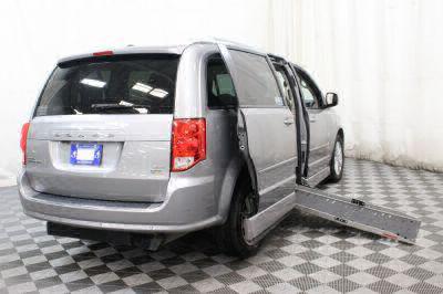 2015 Dodge Grand Caravan Wheelchair Van For Sale -- Thumb #3