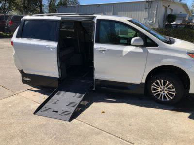 New Wheelchair Van for Sale - 2019 Toyota Sienna XLE +SC Wheelchair Accessible Van VIN: 5TDYZ3DC7KS012113