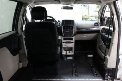 2015 Dodge Grand Caravan Wheelchair Van For Sale -- Thumb #8