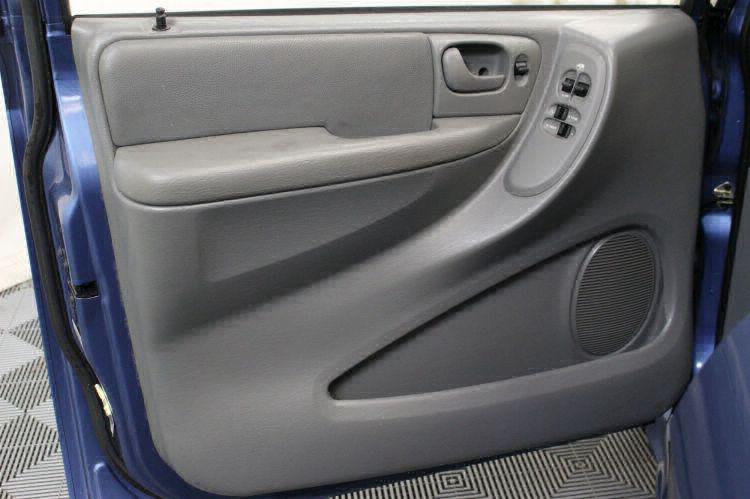 2007 Dodge Grand Caravan SXT SXT Wheelchair Van For Sale #11