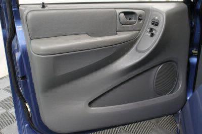 2007 Dodge Grand Caravan SXT Wheelchair Van For Sale -- Thumb #11