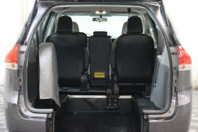 2014 Toyota Sienna Wheelchair Van For Sale -- Thumb #3