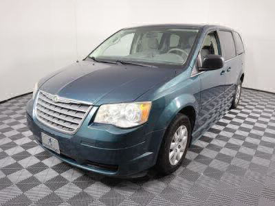 2009 Chrysler Town and Country Wheelchair Van For Sale -- Thumb #27