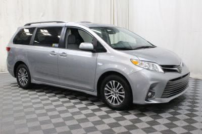 Commercial Wheelchair Vans for Sale - 2018 Toyota Sienna XLE ADA Compliant Vehicle VIN: 5TDYZ3DC0JS913161