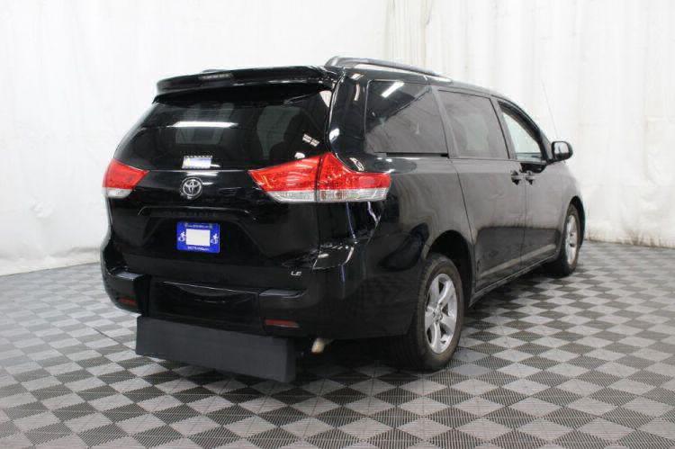 2014 Toyota Sienna LE Wheelchair Van For Sale #6