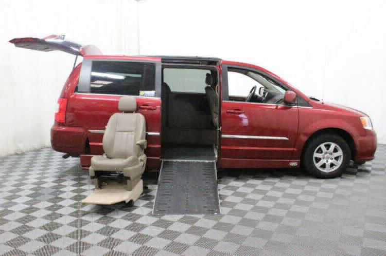 2012 Chrysler Town and Country Touring Wheelchair Van For Sale #16