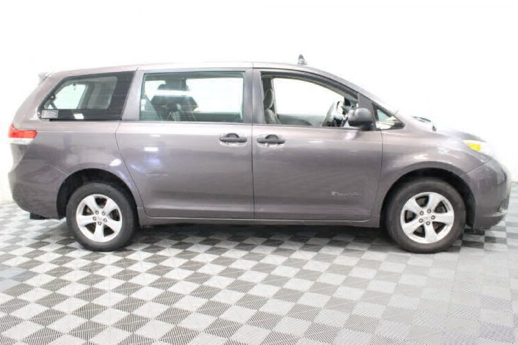 2014 Toyota Sienna L Wheelchair Van For Sale #9