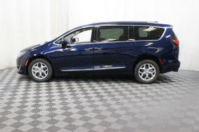2017 Chrysler Pacifica Wheelchair Van For Sale -- Thumb #19