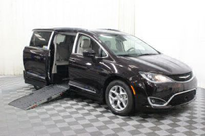 2017 Chrysler Pacifica Wheelchair Van For Sale -- Thumb #1