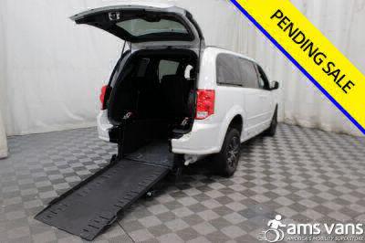 Commercial Wheelchair Vans for Sale - 2017 Dodge Grand Caravan GT ADA Compliant Vehicle VIN: 2C4RDGEG7HR698070