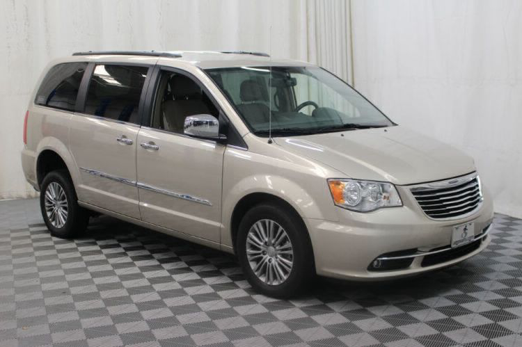 2014 Chrysler Town and Country Touring-L Wheelchair Van For Sale #25