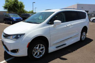 2018 Chrysler Pacifica Wheelchair Van For Sale -- Thumb #34