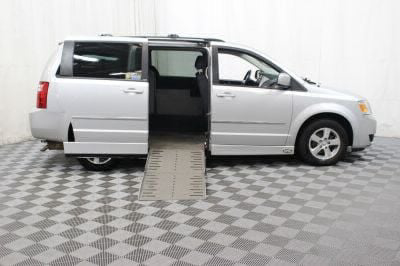 Used Wheelchair Van for Sale - 2010 Dodge Grand Caravan SXT Wheelchair Accessible Van VIN: 2D4RN5D10AR119234