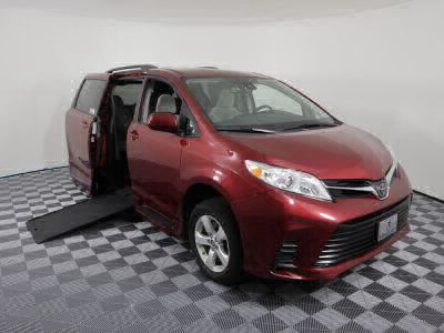 Commercial Wheelchair Vans for Sale - 2018 Toyota Sienna LE ADA Compliant Vehicle VIN: 5TDKZ3DC2JS909604