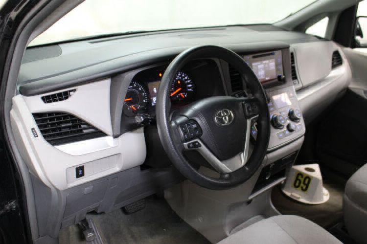 2016 Toyota Sienna L Wheelchair Van For Sale #11