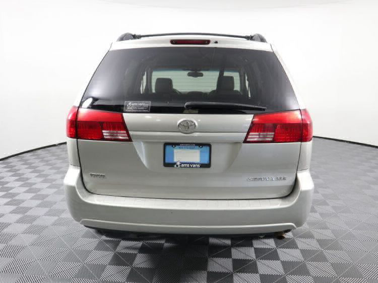 2004 Toyota Sienna XLE Wheelchair Van For Sale #3