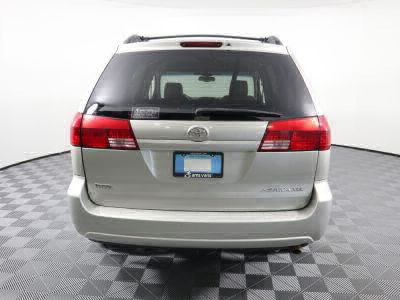 2004 Toyota Sienna Wheelchair Van For Sale -- Thumb #3