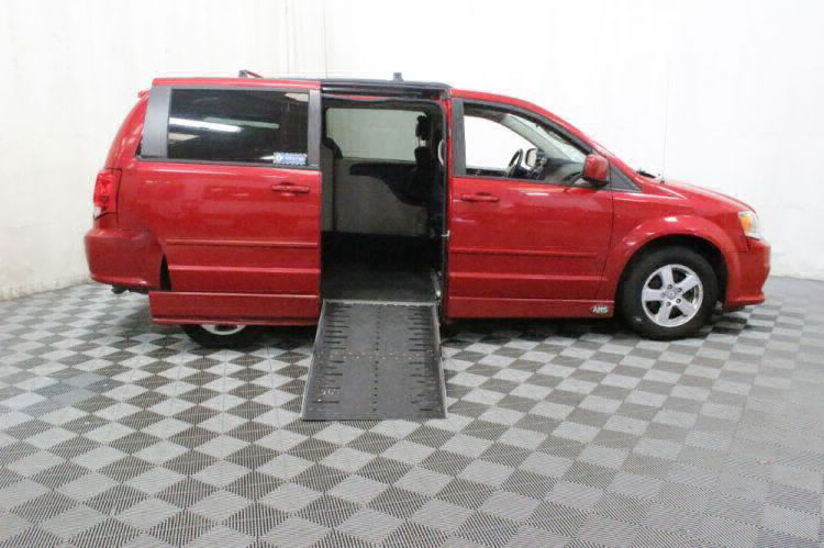 2013 Dodge Grand Caravan SXT Wheelchair Van For Sale #2