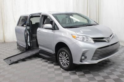 New Wheelchair Van for Sale - 2019 Toyota Sienna XLE Wheelchair Accessible Van VIN: 5TDYZ3DC7KS984861