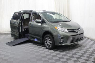 Commercial Wheelchair Vans for Sale - 2018 Toyota Sienna XLE ADA Compliant Vehicle VIN: 5TDYZ3DC7JS955097