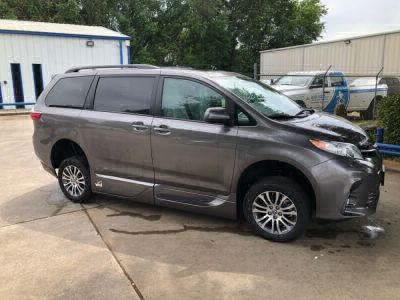 New Wheelchair Van for Sale - 2020 Toyota Sienna XLE Wheelchair Accessible Van VIN: 5TDYZ3DC5LS028733